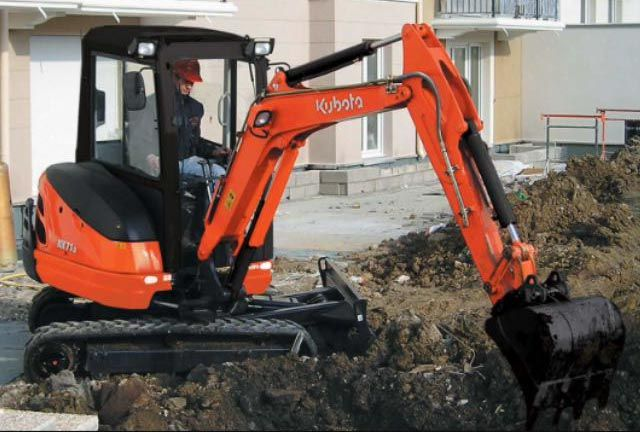 GMC Grab Hire Ltd - excavator
